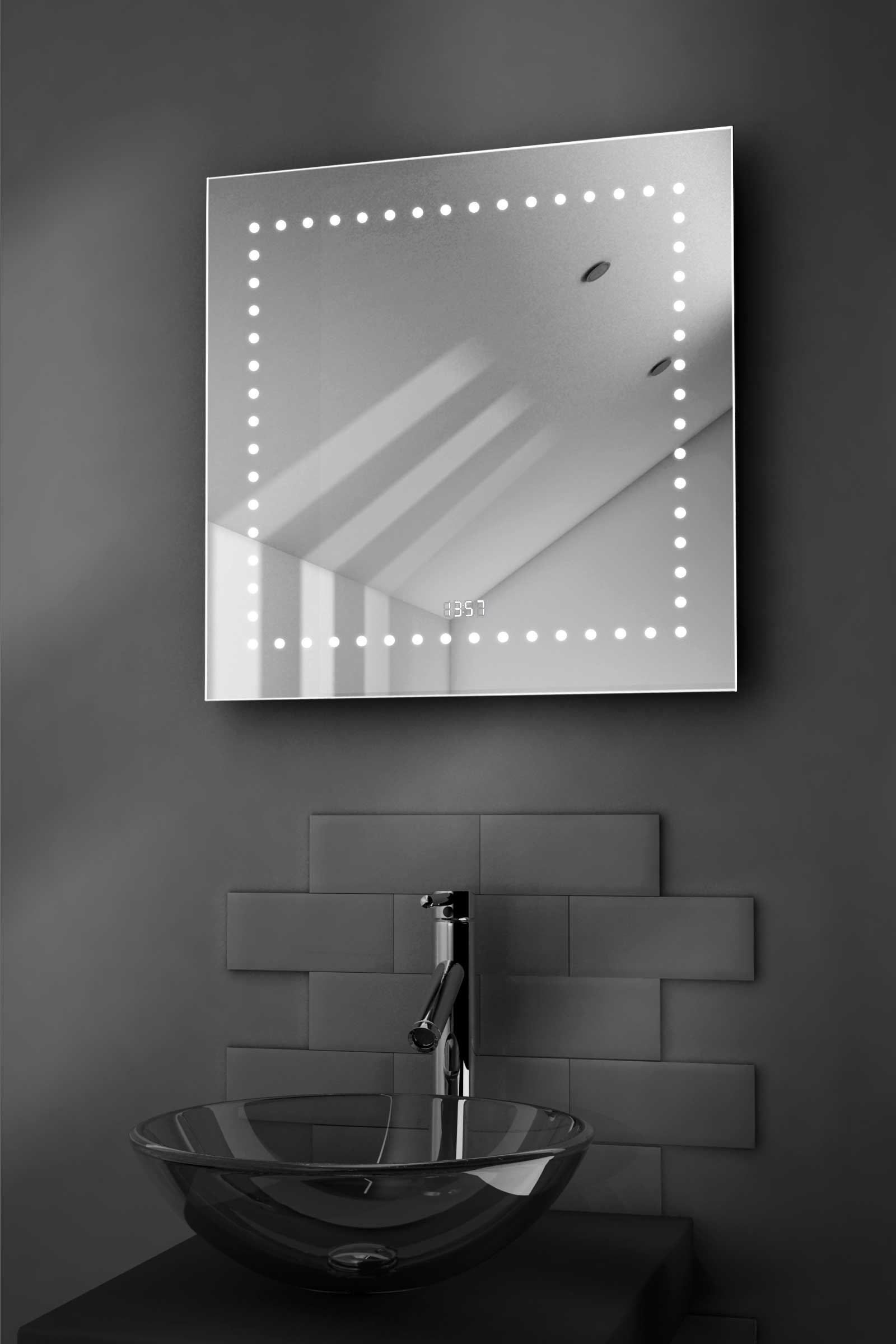 Specchio Bagno Box Rasatura Con Orologio Pannello