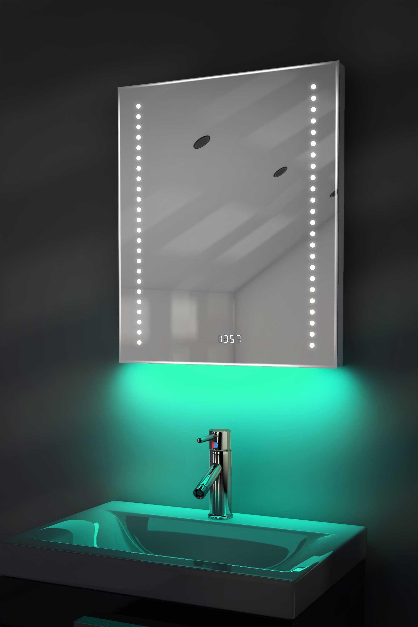 badspiegel mit uhr rgb beleuchtung heizung sensor. Black Bedroom Furniture Sets. Home Design Ideas