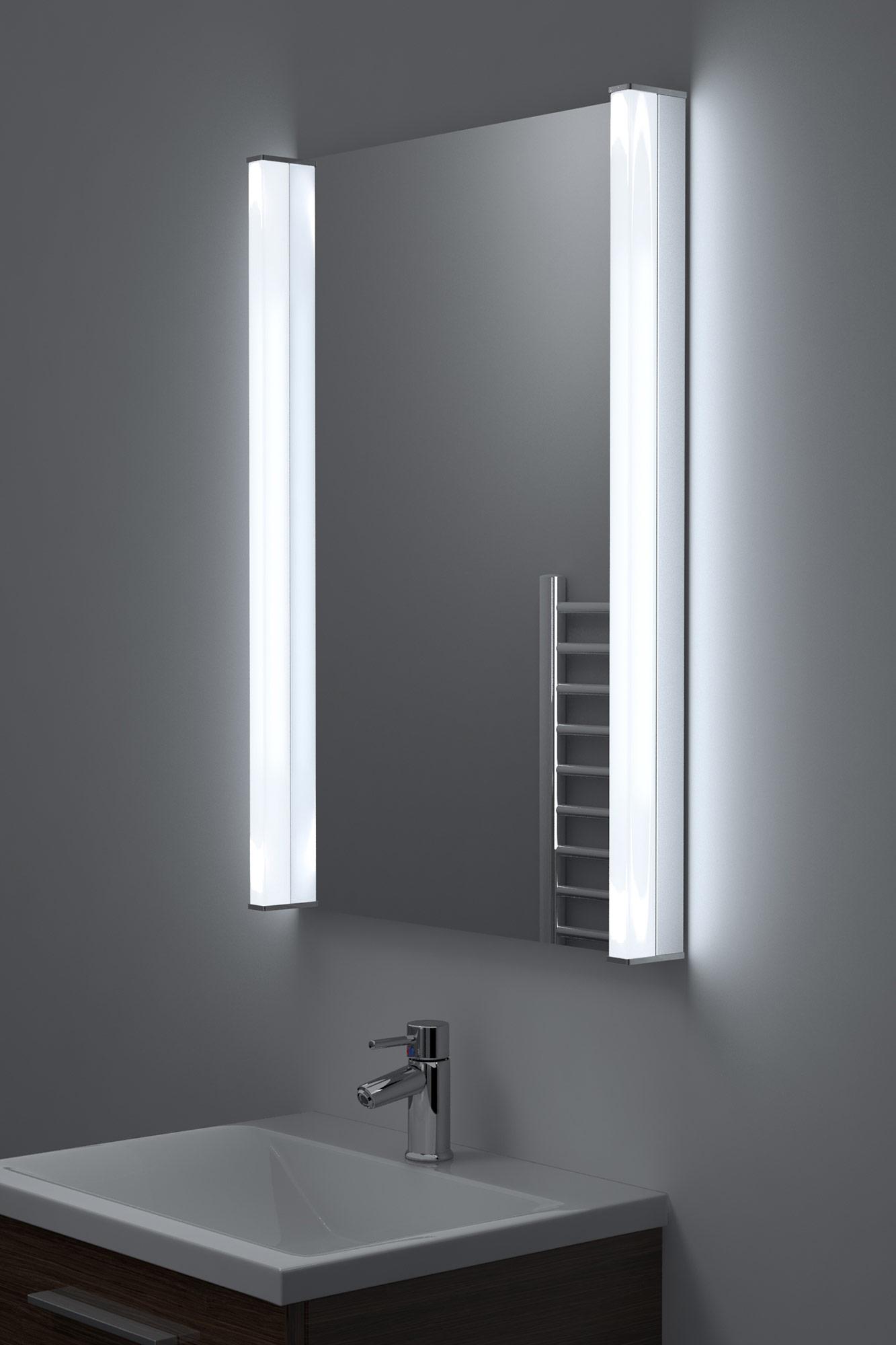 specchio bagno extra luminoso a led per rasatura